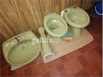 https://www.gallito.com.uy/juego-de-loza-de-baño-completo-en-muy-buen-estado-productos-20016436