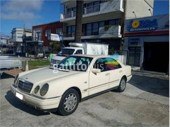 https://www.gallito.com.uy/mescedes-benz-e300-turbo-diesel-elegance-automatico-20197007