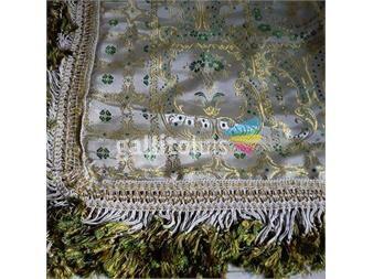 https://www.gallito.com.uy/cubrecama-de-seda-origen-italia-dorado-con-verde-agua-productos-20450156
