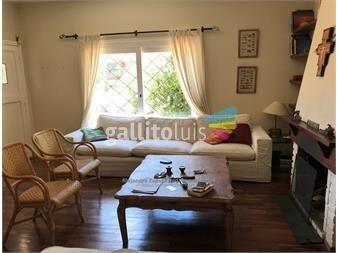 https://www.gallito.com.uy/casa-ph-en-malvin-3-dormitorios-2-baños-gge-inmuebles-13225524