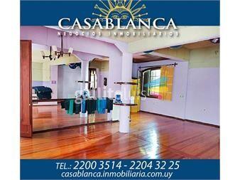 https://www.gallito.com.uy/casablanca-a-pasos-de-bvar-españa-y-av-brasil-inmuebles-13663498