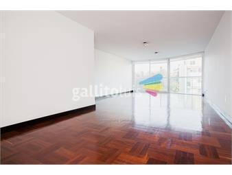 https://www.gallito.com.uy/a-dos-del-mar-diseño-minimalista-inmuebles-14225623