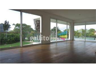 https://www.gallito.com.uy/gran-penthouse-en-carrasco-3-dorm-y-parrillero-exlusivo-inmuebles-14644579