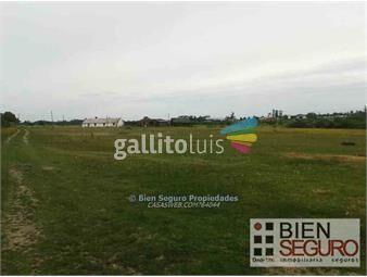 https://www.gallito.com.uy/chacra-de-2-has-en-venta-en-barros-blancos-inmuebles-11962678