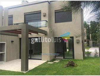 https://www.gallito.com.uy/venta-casa-barrio-privado-inmuebles-14005178