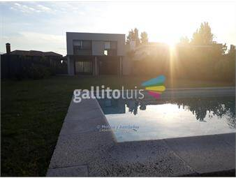 https://www.gallito.com.uy/casa-en-lagos-de-carrasco-inmuebles-15060545