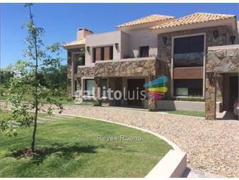https://www.gallito.com.uy/casa-venta-4-dormitorios-barrio-privado-carmel-inmuebles-15396087