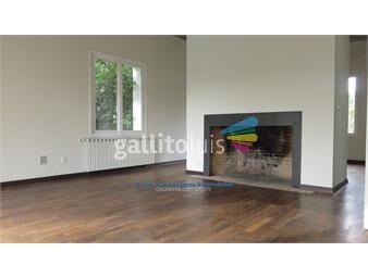 https://www.gallito.com.uy/4-dormitorios-y-servicio-altos-de-la-tahona-inmuebles-15431412