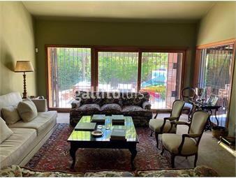 https://www.gallito.com.uy/venta-casa-de-4-dormitorios-en-carrasco-sur-inmuebles-19365838