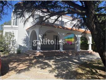 https://www.gallito.com.uy/alquiler-casona-en-el-corazón-de-carrasco-inmuebles-19114997