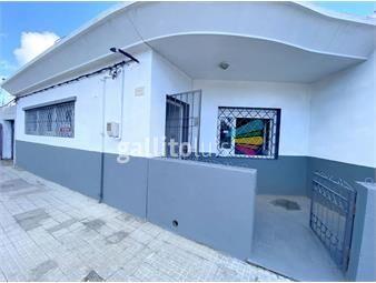https://www.gallito.com.uy/venta-casa-a-metros-de-avenida-italia-con-patio-inmuebles-19909323
