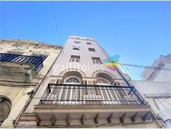 https://www.gallito.com.uy/alquiler-apartamento-amplio-en-ciudad-vieja-inmuebles-19909334