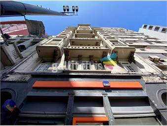 https://www.gallito.com.uy/venta-18-de-julio-gran-apartamento-inmuebles-19396364