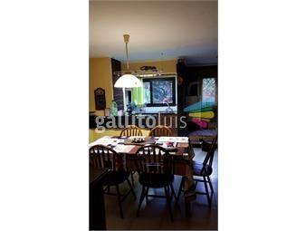 https://www.gallito.com.uy/excelente-propiedad-ideal-2-familias-o-para-profesionales-inmuebles-15968943