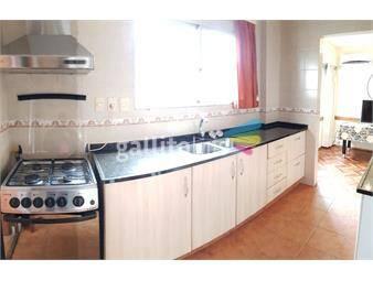 https://www.gallito.com.uy/centro-edificio-embajador-4-dormitorios-3-baños-y-garaje-inmuebles-12853238
