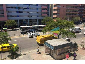 https://www.gallito.com.uy/a-pasitos-de-la-terminal-3-cruces-sobre-avenida-hermoso-inmuebles-13259687