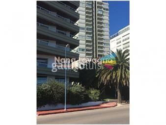 https://www.gallito.com.uy/apartamento-en-venta-y-alquiler-mansa-punta-del-este-2-d-inmuebles-16021966