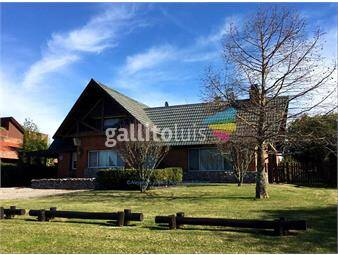 https://www.gallito.com.uy/casa-en-la-tahona-dos-dormitorios-y-servicio-impecable-inmuebles-16045884