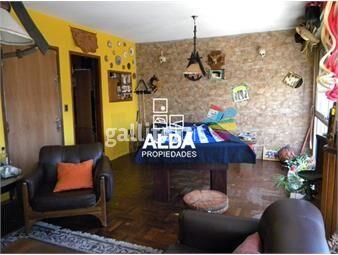 https://www.gallito.com.uy/apartamento-en-la-comercial-primero-por-escalera-inmuebles-14222852