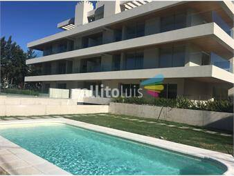 https://www.gallito.com.uy/carrasco-3-dormitorios-con-patio-uso-exclusivo-inmuebles-13664061