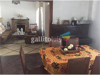 https://www.gallito.com.uy/murillo-y-havre-amplia-casa-con-jardin-y-fondo-inmuebles-13003697