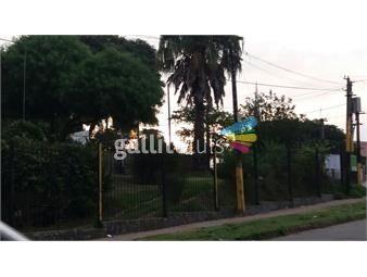 https://www.gallito.com.uy/terreno-en-esquina-con-casa-de-2-plantas-ideal-para-comercio-inmuebles-13583065