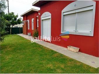 https://www.gallito.com.uy/barrio-colinas-de-mirador-moderna-casa-inmuebles-13763384