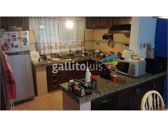 https://www.gallito.com.uy/padron-unico-solido-y-bien-ubicado-ideal-2-familias-inmuebles-13765384