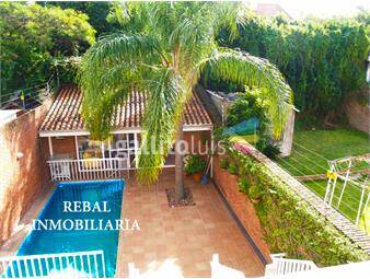 https://www.gallito.com.uy/hermosisima-en-punta-carretas-impecable-4-suites-inmuebles-13834140