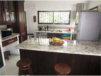https://www.gallito.com.uy/espectacular-casa-en-carrasco-alquiler-inmuebles-13854420