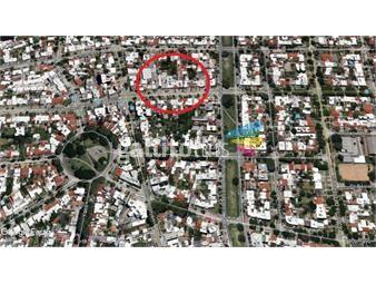 https://www.gallito.com.uy/malvin-terreno-762-m2-con-frente-de-12-mts-sobre-rivera-inmuebles-13855518
