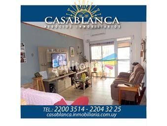 https://www.gallito.com.uy/casablanca-ph-al-frente-impecable-inmuebles-12947815