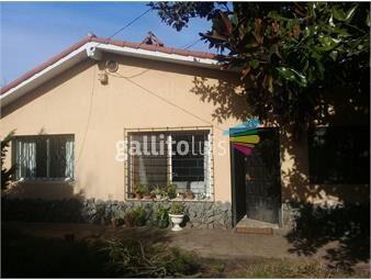 https://www.gallito.com.uy/suc-lomas-chale-de-3-dormitorios-y-2-baños-a-metros-del-mar-inmuebles-14117281