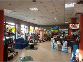 https://www.gallito.com.uy/local-comercial-en-el-centro-en-alquiler-inmuebles-14222156