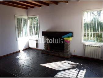 https://www.gallito.com.uy/venta-casa-2-dormitorios-servicio-completo-piscina-inmuebles-14322753