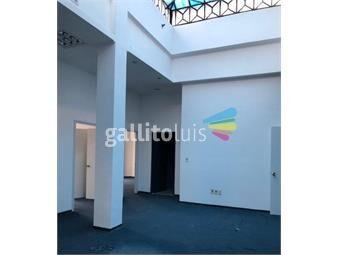 https://www.gallito.com.uy/excelente-ubicacion-proxima-a-bancos-inmuebles-14381973