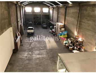 https://www.gallito.com.uy/proximo-a-avenidas-excelente-estado-inmuebles-14459186