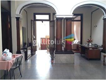 https://www.gallito.com.uy/casona-unica-de-estilo-a-pasos-de-plaza-varela-inmuebles-14459552