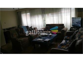 https://www.gallito.com.uy/hermoso-apto-al-frente-ubicado-en-el-piso-10-imperdible-inmuebles-14579329