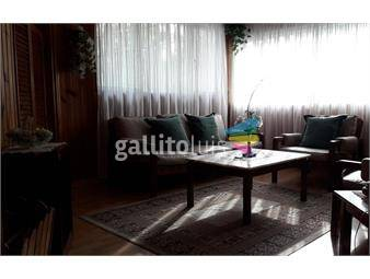 https://www.gallito.com.uy/casa-con-jardin-y-patio-comodos-ambientes-y-segura-inmuebles-14605780