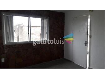 https://www.gallito.com.uy/apartamento-castro-y-pena-2-dormitorios-por-escalera-inmuebles-14667692