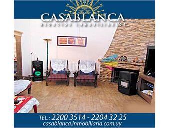 https://www.gallito.com.uy/casablanca-a-pasos-de-bvar-y-gral-flores-inmuebles-14723032