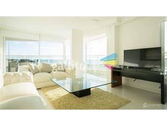 https://www.gallito.com.uy/categoria-sobre-rambla-playa-mansa-3-dormitorios-inmuebles-14817028