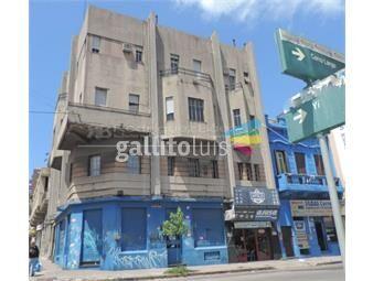 https://www.gallito.com.uy/venta-de-edifico-con-locales-comerciales-inmuebles-14821100