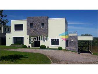 https://www.gallito.com.uy/venta-casa-lomas-con-renta-3-dormitorios-y-servicio-inmuebles-16296202