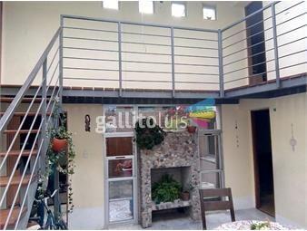 https://www.gallito.com.uy/apartamento-reciclado-tipo-casa-inmuebles-15491771