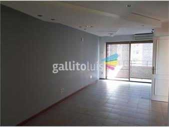 https://www.gallito.com.uy/buen-apartamento-junto-al-golf-inmuebles-15676475