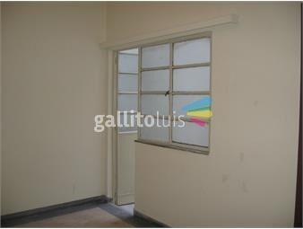 https://www.gallito.com.uy/casa-de-2-dormitorios-ubicada-a-2-cuadras-de-av-18-de-julio-inmuebles-15231324