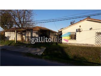 https://www.gallito.com.uy/2-casas-1140-m²-de-terreno-a-1-cuadra-de-la-rambla-inmuebles-15233249