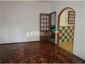 https://www.gallito.com.uy/casa-2-dorm-en-pocitos-inmuebles-15339659